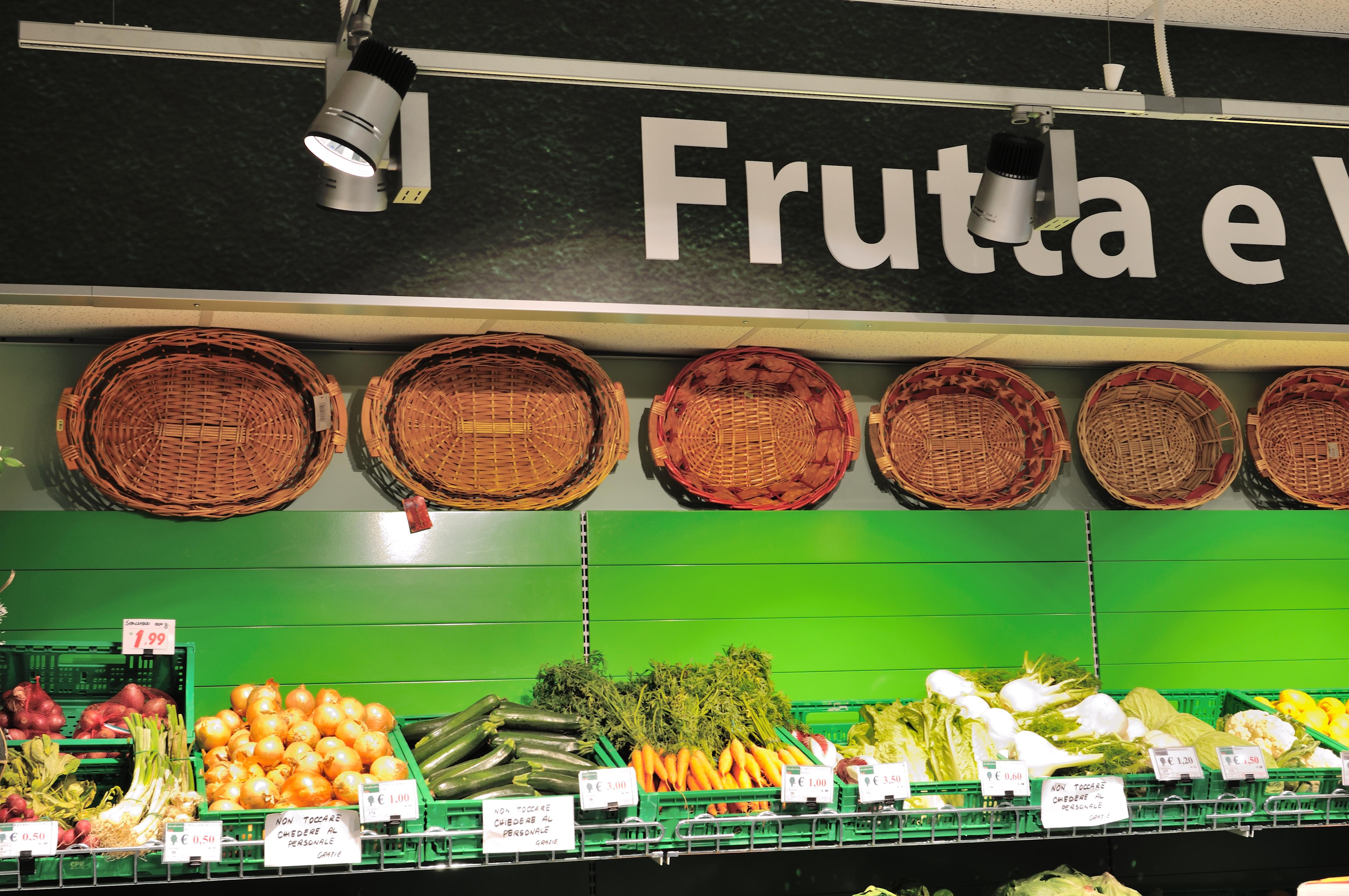 Retail la luce giusta per valorizzare le merci elettro