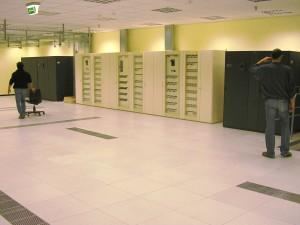 Grande impianto con quadri elettrici distinti per le alimentazioni con sorgenti diverse