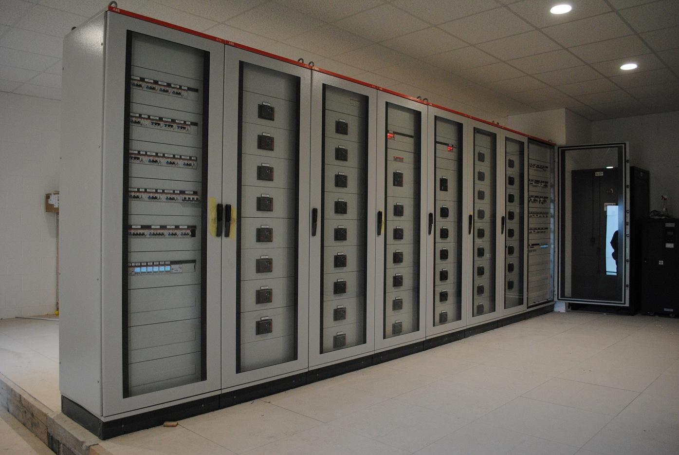 Schemi Quadri Elettrici Lowara : Aggiornata la guida tecnica cei elettro