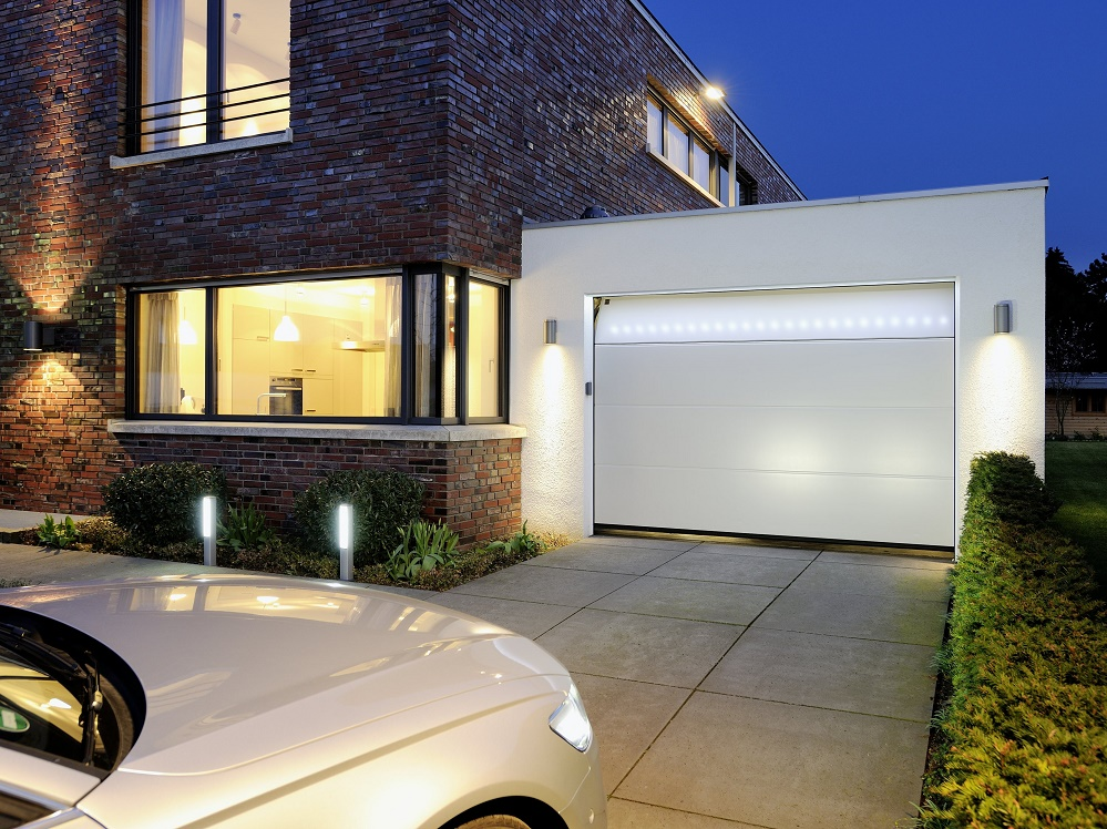 Hörmann accenti di luce per la porta da garage barre led