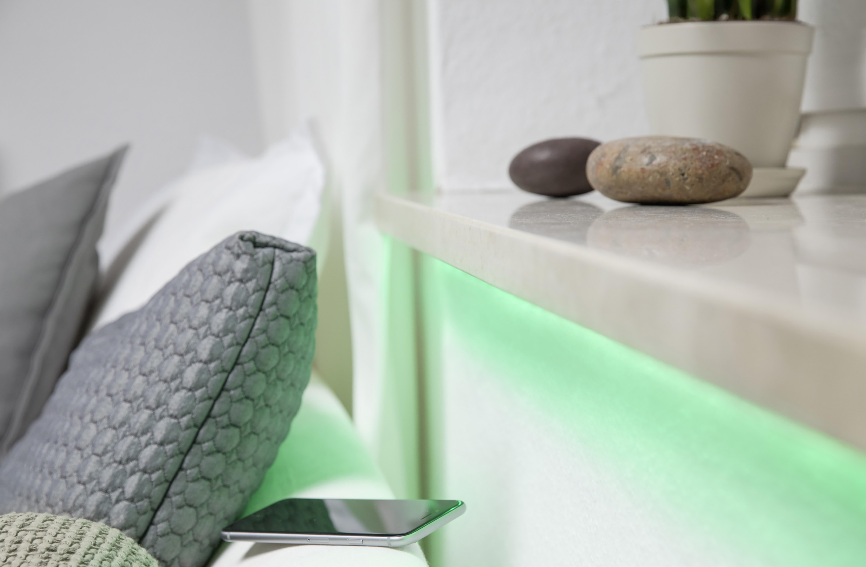 Sistemi Di Illuminazione A Led tanti sistemi smart home, una sola fonte di luce: smart+ di